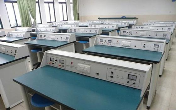柳州新型中小学物理实验室